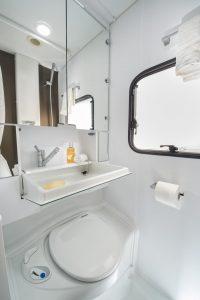 Adria Altea 2017 binnenzijde badkamer