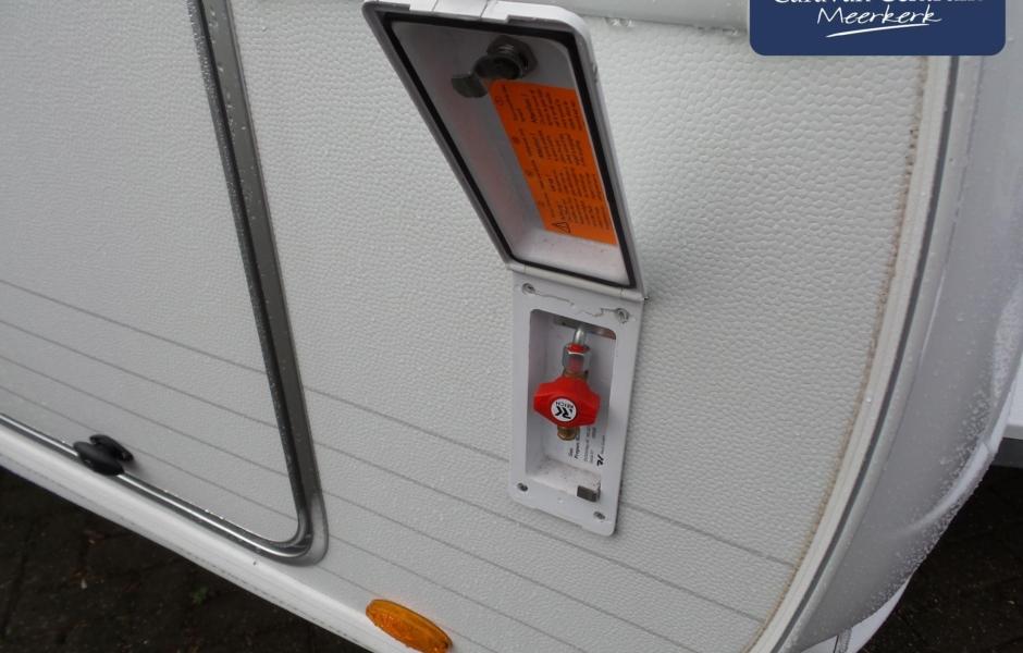 Foto van Burstner Averso Plus 510 TK Stapelbed + Mover